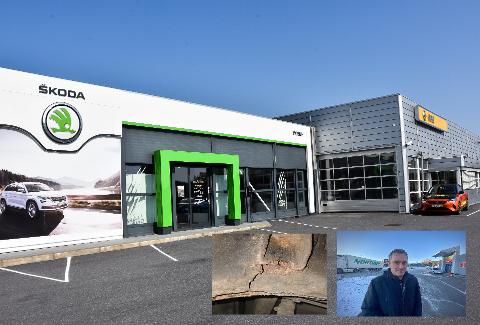 BILEN BLE VRAK: Bilen til Bjørn Joar Hansen (innfelt) brakk i 2020 etter alvorlig rustskade. Fire år før hadde han kjøpt den på Mobile Larvik for 160.000 kroner.