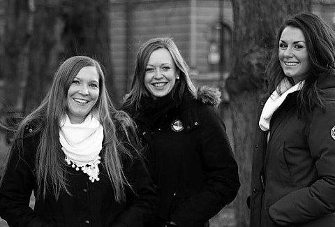 KONSERT: Hedda Hansen Berg (til venstre), Maria Nohr og Sigrid Vetleseter Bøe inviterer til julekonsert i Syangvik kirke torsdag kveld.