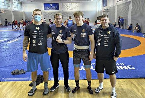 På treningsleir: Felix Baldauf (fra venstre), Jakob Larsen, Magnus Grønvik, Eren Gjægtvik og brytelandslaget er i Kroatia på treningsleir. Her skal de være før de drar rett til Ungarn på stevne.