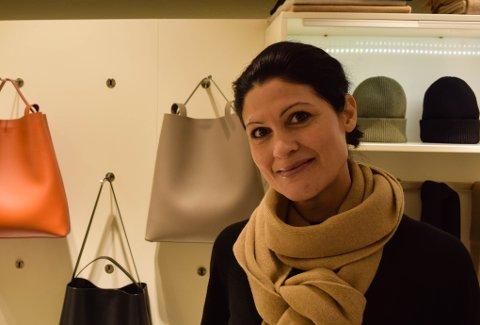 SAMMENSATT BAKGRUNN: Jasmine Lauritzen, eier av Neoz i Tønsberg, oppsøkte sine røtter for første gang for to år siden.