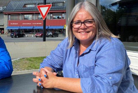 KLAR: Kari-Anne Jønnes, Oppland Høgre sin førstekandidat er spent før valgresultatet mandag kveld. Hun håper på en plass på Stortinget.