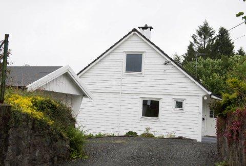 Dette huset i Fana ble solgt for 950.000 kroner mer med mindre enn tre måneders mellomrom.