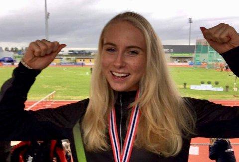 Anne Hjorth Arntsen var overlegen på 800-meteren i UM på Jessheim søndag.