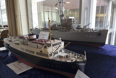 Rundt to år tok det Erik Gjertsen å lage MS Sunnhordland (t.v.) og det samme brukte Jan Stornes på HMS Kilbirnie. I forrige måned var begge de to store modellene å se på Bergens Sjøfartsmuseum. (Foto: BÅRD GRAM ØKLAND, SJØFARTSMUSEET)