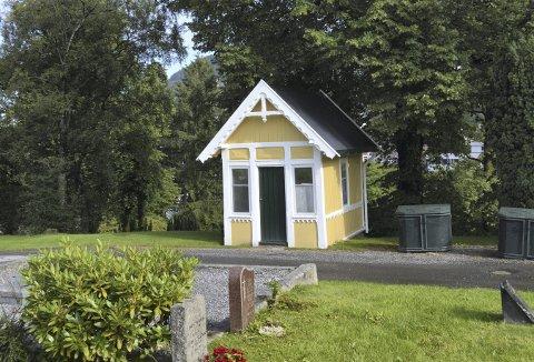 Det har ikke offisiell vernestatus, men Gravplassmyndigheten i Bergen mener det fortjener absolutt å bli tatt vare på. Ingen av de besøkende på Møllendal gravplass vil vel si seg uenig i det. (Foto: TOM R. HJERTHOLM)