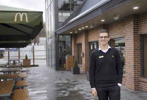 Vil inkludere: – Som bedrift i Norge har vi et inkluderingsansvar, og det tar vi på alvor, sier daglig leder for McDonald's i Rådalen, Marius Kyte Alfheim (27). Nå vil fastfood-restauranten ansette 1–2 utviklingshemmede.