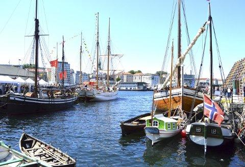 Dette motivet er hentet fra hopen ved Bradbenken under Hansadagene 2016, men Aleksander Krzywinski i Bergen kystlag mener at dette synet vil gjenta seg under Landsstevnet 2020. (Foto:  TOM R. HJERTHOLM)