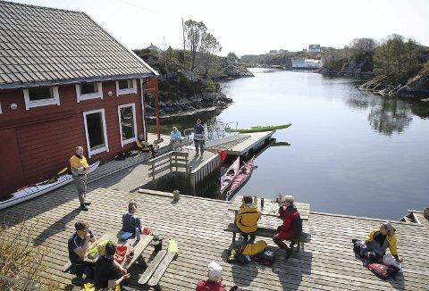 Stor kai og flytebrygge ligger allerede klar og venter på turglade medlemmer i Bergen og Hordaland Turlag. Hvis alt går etter planen, vil dette bli åpent for publikum sommeren 2022. Foto: ANDRÉ MARTON PEDERSEN