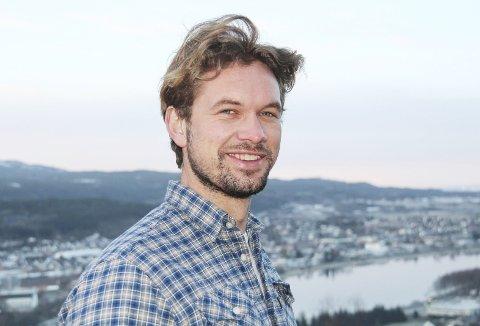 På TV: Rune Haraldsen er aktuell som nytt TV-fjes. Snart starter innspillingene sammen med TV-personligheten Synnøve Skarbø, for TVNorge.Foto: Kari Sanden