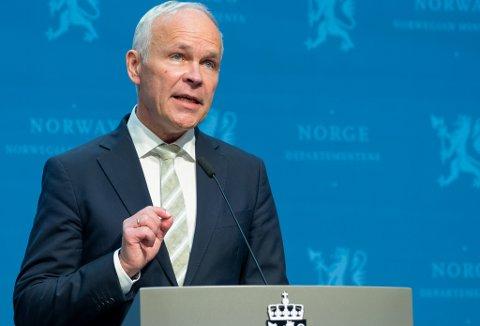 Oslo 20210511.  Finansminister Jan Tore Sanner (H) under en pressekonferanse om revidert nasjonalbudsjett for 2021. Foto: Terje Pedersen / NTB