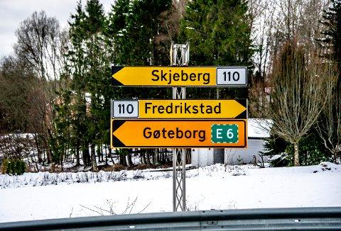 Skifter navn til fylkesvei 130: Veien fra Rakkestadsvingen til Solbergtårnet skal hete fylkesvei 130. (Foto: Geir A. Carlsson)
