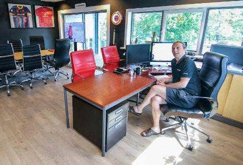 Koronaåret satte Showfabrikken litt tilbake i omsetning, men selskapet til Bjørn Øyvind Bya er solid.