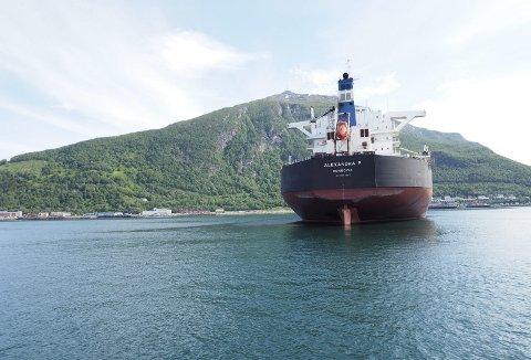 Øker: LKABs malmskipning ut fra havna i Narvik ble i 2017 det tredje sterkeste året i selskapets historie. Selskapet planlegger for en videre vekst på fem prosent hvert av de kommende årene. Foto: Terje Næsje