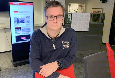 PERMITTERER ANSATTE: Administrerende direktør og sjefredaktør Christian Senning Andersen i Fremover sier endringen i markedet tvinger avisen til å gjøre grep.