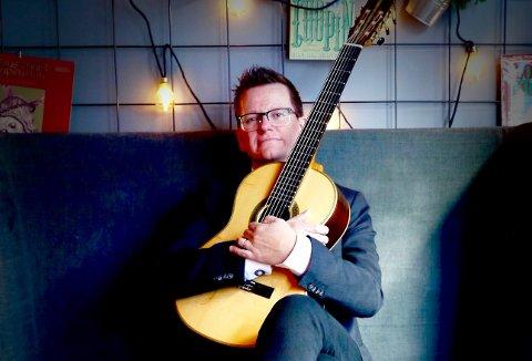 PLATE OG KONSERT: Når Stallen Bodega åpner til helgen er Marius Noss Gundersen på plass med releasekonsert for sin nye plate.