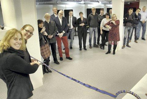 KLIPPET: Eidskog-ordfører Kamilla Thue og regionrådsleder Lise Selnes fikk æren av å åpne Innlandets første Newton-rom på Magnor tirsdag.BILDER: SIGMUND FOSSEN