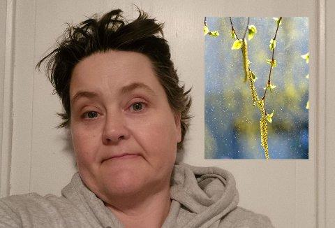 POLLENSKY:  I disse dager bugner bjørketrærne med rakler fulle av pollen. Heidi Hafstad fikk oppleve et uvanlig pollenslipp fredag kveld. - Pollenskya var enorm og jeg følte den omkranset oss, forteller Heidi Hafstad.