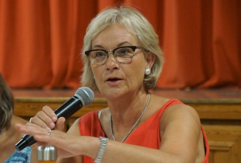 REAGERER: - Hvor kommer bestillingen om å flytte Mjøssykehuset vekk fra mjøsbrua fra?, spør ordfører i Gran, Randi Eek Thorsen.