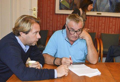 Fornøyde: Henrik Rød og Per Egil Evensen fra Frp er glad for at man til slutt kom fram til enighet om å sende valgklagen videre til departementet. Foto: Thomas Lilleby