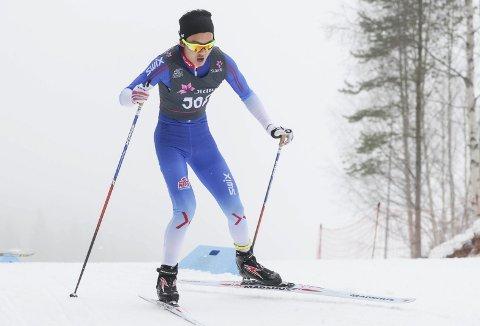 PÅ VEI MOT FORMEN: Petter Stokkeland er bare 17 år, men hevder seg blant Norges beste langrennsjuniorer. Målet er å finne godformen etter jul.