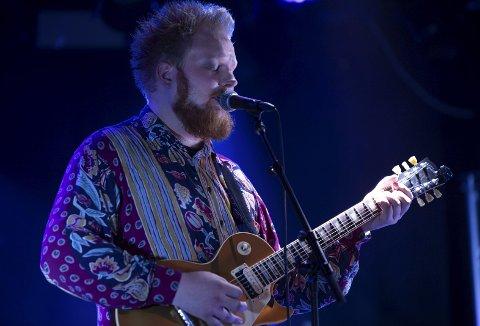 NY LÅT UTE: Fredag slipper Hamar-bosatte Jacob Hagelund Simensen fra Furnes sin tredje låt og «Make it stop» har sitt utspring i traumer han har slitt med. FOTO: A. DANEMARK
