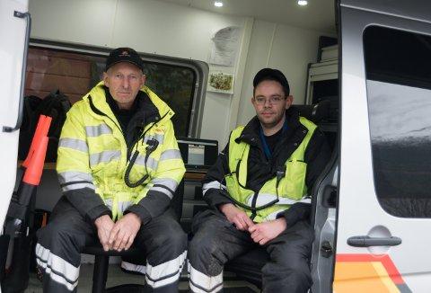 Kontrolleiar Dag Rykkje og kontrollør Mats Tillung. Begge frå Voss trafikkstasjon.