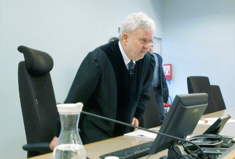 Økte straffen: Tingrettsdommer Per Annstein Aarvik og de to meddommerne la til ni måneder på påtalemyndighetens straffeforslag.