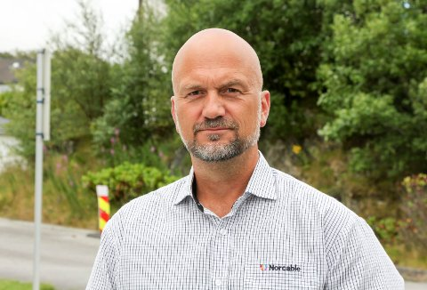 TO SKRITT FRAM OG ETT TILBAKE: Bengt Haugland og Norcable økte omsetningen fra 4 millioner kroner i 2018, til nærmere 40 millioner i 2020. 2021 blir derimot sterkt preget av koronapandemien. – Det skal godt gjøres om vi klarer halvparten i år, sier Haugland.