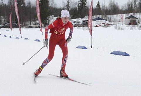 KM på ski Sjåmoen fristil. Arrangør Mosjøen IL Ski. Suveren kretsmester J15 Hanne Kråkstad Johansen, Bossmo