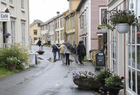 POPULÆR: Mosjøen har flere attraksjoner å tilby turistene, og Sjøgata er ganske populær å besøke.