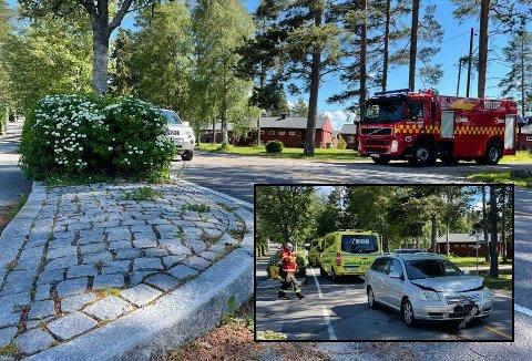 I slutten av juni kolliderte to biler på Aursmoen. Sjåføren i bilen som kjørte ut i veien, klaget på at sikten var for dårlig. Nå skal buskene beskjæres