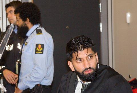 VAR REDD: – 23-åringen var redd for at han skulle bli utsett for det same som Sveli om han ikkje gjorde som 24-åringen sa, sa forsvararen hans, Inam Ghous Ali.