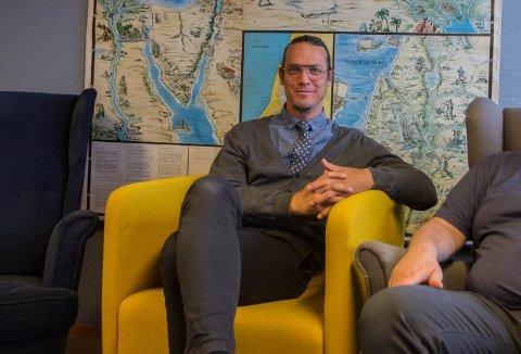 SLUTTER: Thomas Rake gir seg som pastor i Bedehuskirken etter 22 år. Bildet er tatt i fjor mai, i forbindelse med en sak om Blå Kors der han er styremedlem.