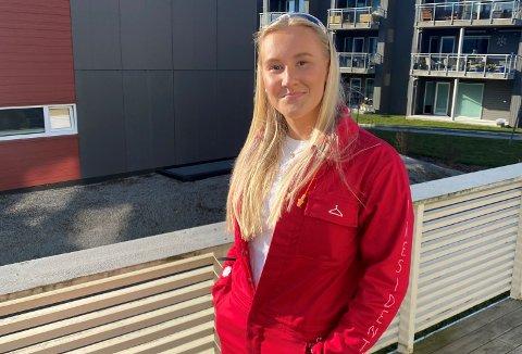 UTSETTER: Pernille Braut Tjåland er russepresident på Bryne videregående skole og forteller at de utsetter feiringa til 13. mai.