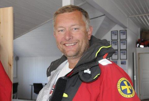 ANSETTER: Ole Gundersen på Jomfruland skal ansette en kontormedarbeider i byggmesterfirmaet han driver. (Arkivfoto: Per Eckholdt)