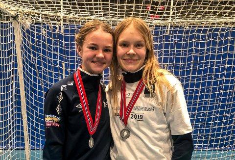 Villen Norheim Ask (t.v.) og Maja Furu Sæteren er to av de unge talentene som får prøve seg mot eliteserielaget Oppsal i kveld.