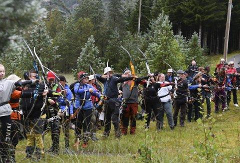 I alt var det 20 ulike lag, frå alle delar av landet, som stilte då Kvinnherad Bogeskyttarklubb inviterte til Noregsmeisterskap i Tveitedalen.