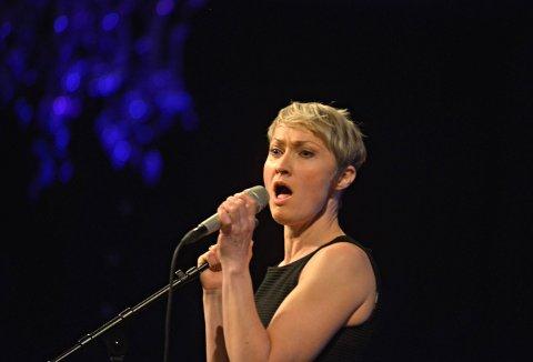 KOMMER: Live Maria Roggen holder konsert på Mølla 19. februar sammen med Helge Lien.