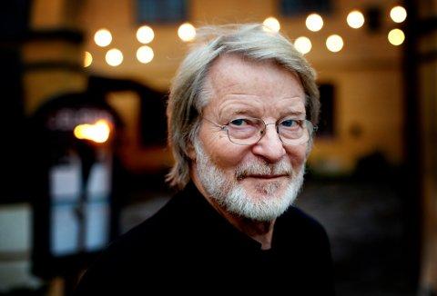 KRÅKEKVELD: Arne Ruste skal fortelle om sitt lange og inderlige forhold til kråker!