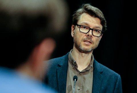 HADDE IKKE HØRT DET: Kommuneoverlege Kristian Krogshus hadde ikke hørt om åpningen for besøk på Eskelundstunet.