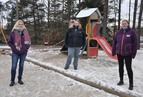 BRUKER TIDA GODT: Barnehagene er stengt på grunn av smittevern. Fra torsdag er det rødt nivå. Her fra Sjøhagen Fus barnehage: Elisabeth Jacobsen,  Elizabeth Black og styrer Jane Myran (til høyre).