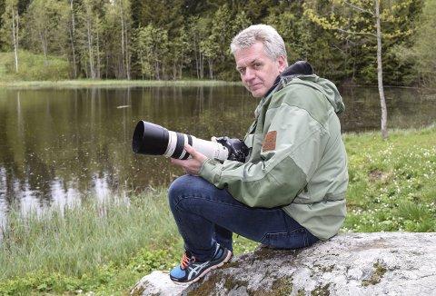 MÅNEDSVINNER: – Jeg liker å gå på jakt med fotoapparatet, sier Dag Frode Holm.Foto: Sæmund Moshagen