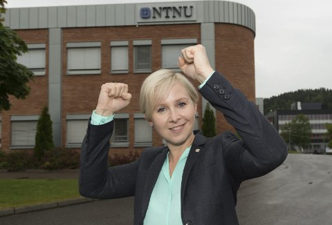 Sofie Nystrøm, direktør for Center for Cyber and Information Security kan glede seg over midler til fire nye stillinger.