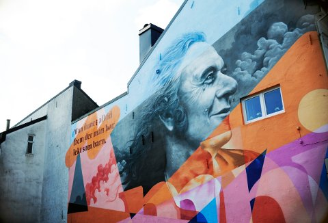 PÅ PLAKATEN: Ingvar Ambjørnsen er selvfølgelig på plakaten når det er litteraturfest i Vestfold. Han er på Tønsberg og Ferder bibliotek 4. november.