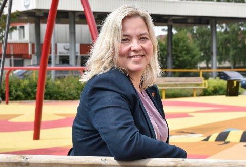 FRYD: - Det var en fryd å gå husbesøk i Vestre Skogbygd med Nils Kristen Sandtrøen, sier tidligere ordfører og fylkesleder Bente Elin Lilleøkseth som selv ble vraket av nominasjonskomiteen i Hedmark Ap.
