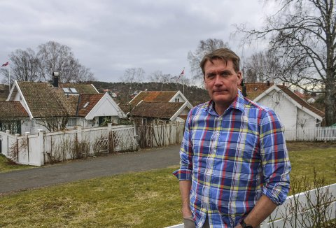 KJENNER PÅ ANSVARET: Kårstein Eidem Løvaas får daglig henvendelser fra folk i næringslivet som nå er i en kritisk og alvorlig situasjon. Det vekker stor medfølelse hos den føynlandbosatte Høyre-politikeren som nå er en av mange som jobber på spreng for å redde bedriftene og arbeidstakerne.