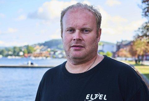 Spent: Trener Kim Wold i Bamble håndball håper på seier mot Tønsberg Turn, slik at de kan møte Gjerpen i neste runde.