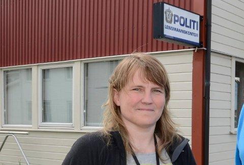 BRANN: Politiførstebetjent Cecilie Stensland ved Lurøy og Træna lensmannskontor, sier at personene som var til stede skal avhøres og at det vil bli gjennomført branntekniske undersøkelser.