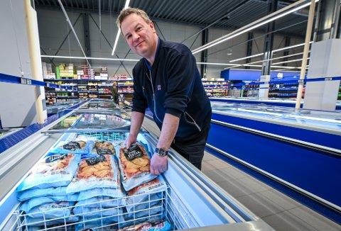 Kjøpmann Geir Nilsen ved Rema 1000 i Ranenget er fornøyd med 2020 etter at regnskapet er gjort opp.