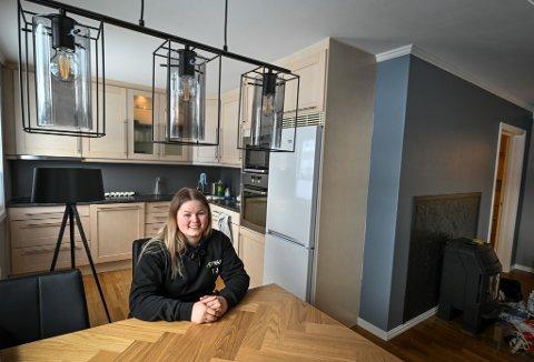 Trine Johansen er nettopp ferdig utdannet elektriker og jobber i Effekt. Allerede før endt lærlingtid kjøpte hun sin egen leilighet på Gruben.
